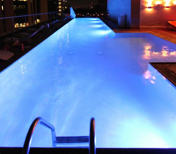 Uma vis o geral da ilumina o de piscinas for Led para piscinas