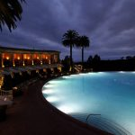 Iluminação subaquática de piscinas